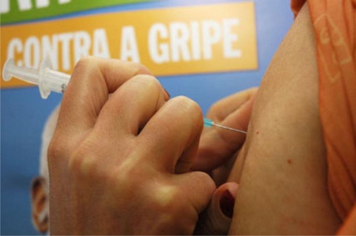 Resultado de imagem para vacinação contra gripe no rn