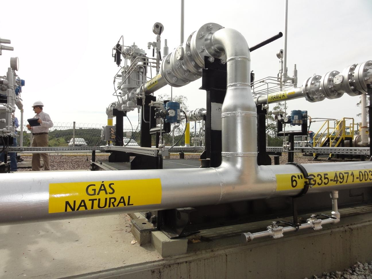 Abeg s termogera o impulsiona consumo de g s natural for Gas ciudad o gas natural